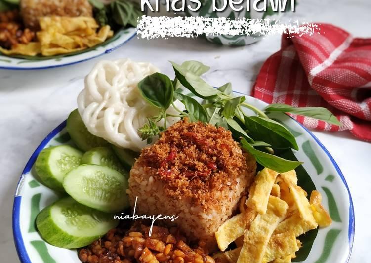 Nasi ulam (khas Betawi)