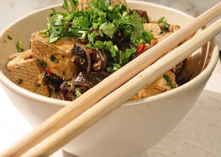 Grzyby mun z tofu