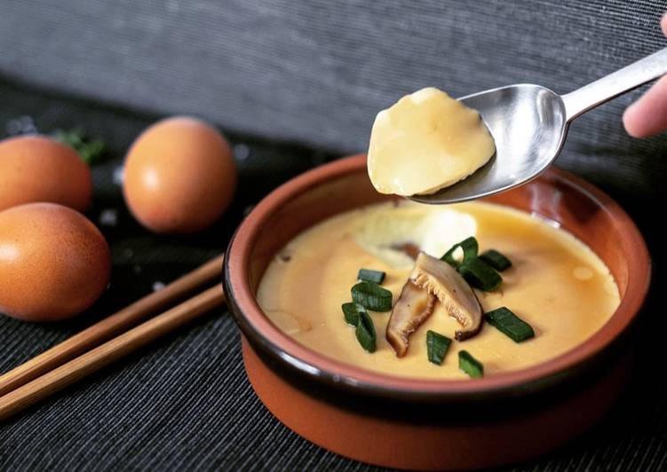 Steps to Prepare Top-Rated The Chinese Steamed Egg Custard