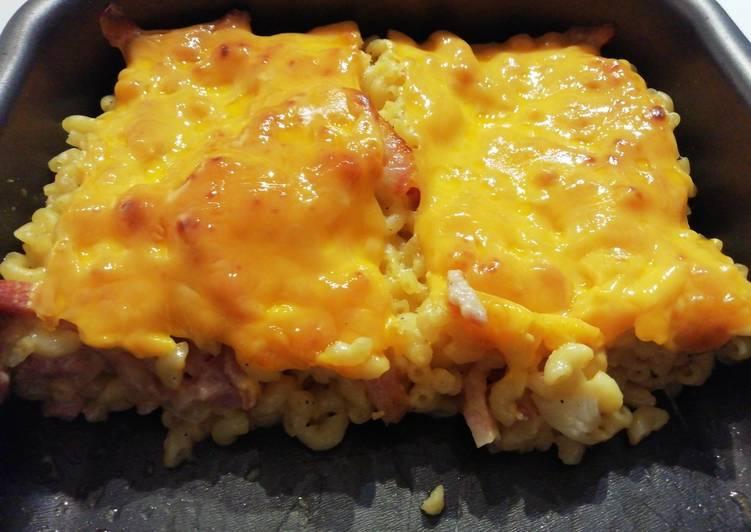 Recipe: Tasty Gratin de pates, lardons et cheddar