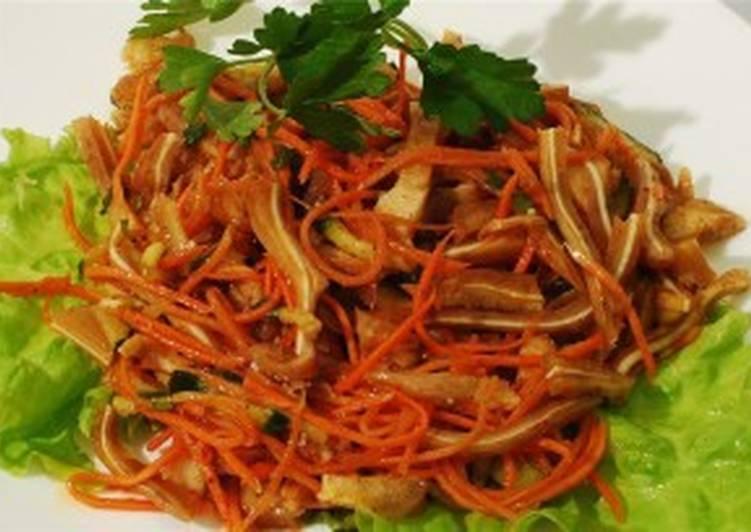 корейский салат со свиными ушами
