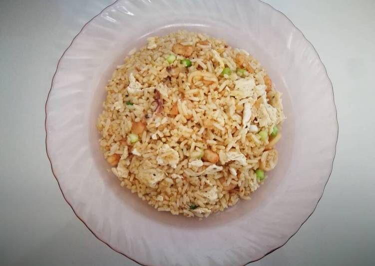 Chinese Golden Fried Rice