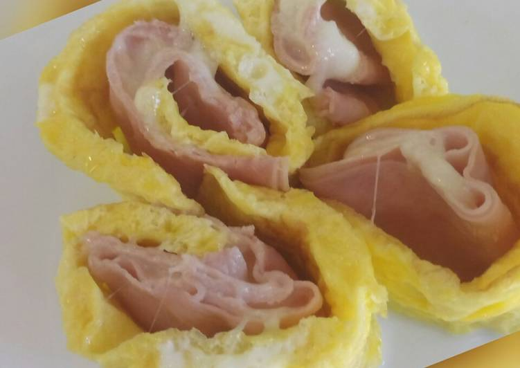 Foods That Make You Happy Ham and mozzarella egg roll
