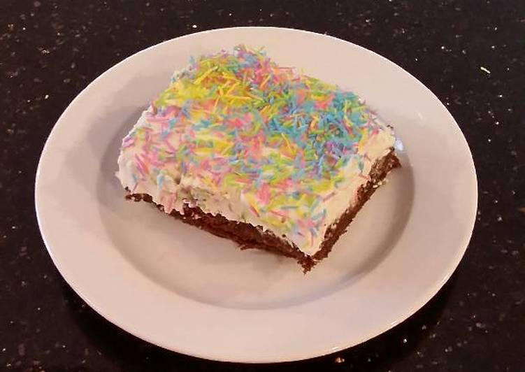 Fudge Brownies with White Chocolate Truffle Cream