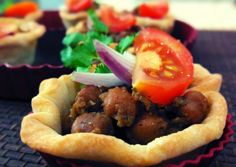 5 Minute Easiest Way to Prepare Favorite Mini Baked Chole Bhature
