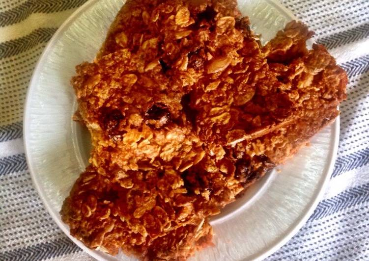 Simple Way to Prepare Ultimate Oat energy bars (contains nuts)