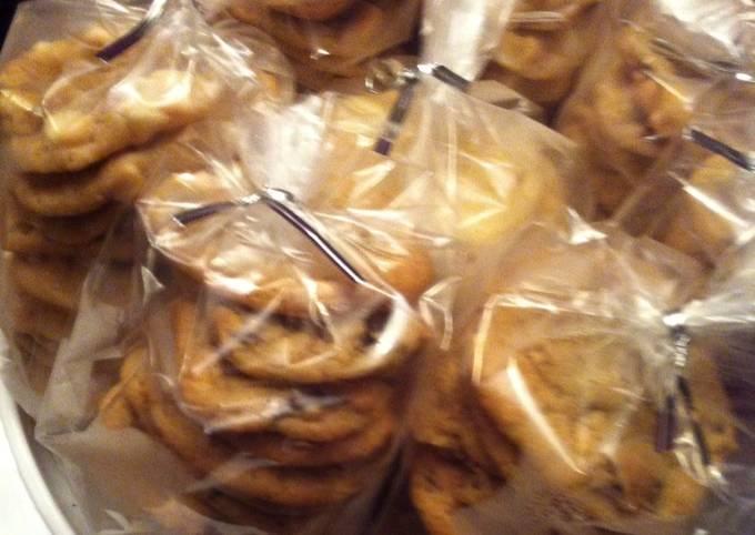 Recipe: Tasty Chocolate Chip Cookies!