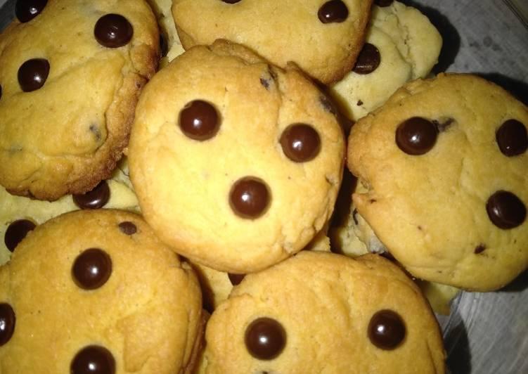 Resep Vanila Choco chips cookies yang Enak