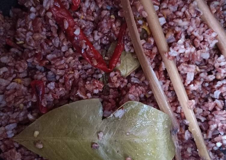 Nasi Liwet Beras Merah : Resep anak kos (A'la Meita)