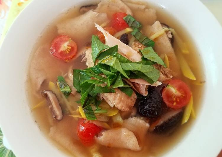 Simple Way to Make Any-night-of-the-week Hand-tore Spelt Noodle chicken Soup
