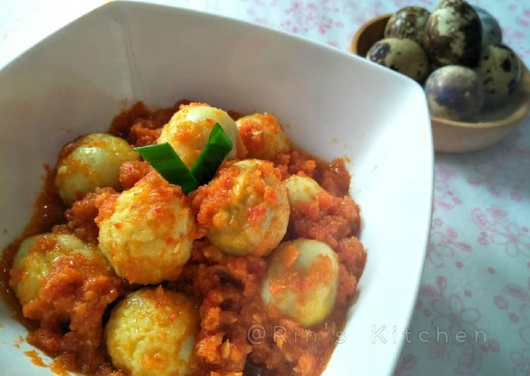 Telur Puyuh Balado (Quail Eggs with Balado Sauce)