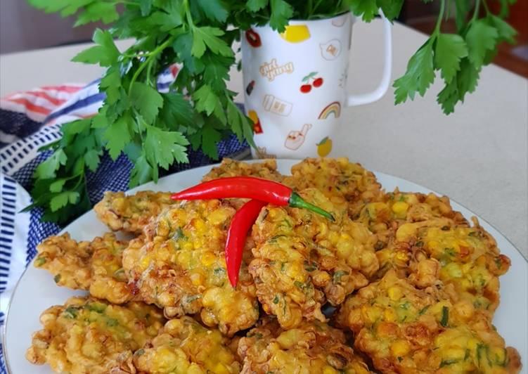 Simple Way to Make Perfect Indonesian Corn Fritters (Dadar Jagung or Perkedel Jagung)