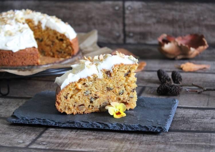 Gâteau à la carotte, noix et gingembre confit..