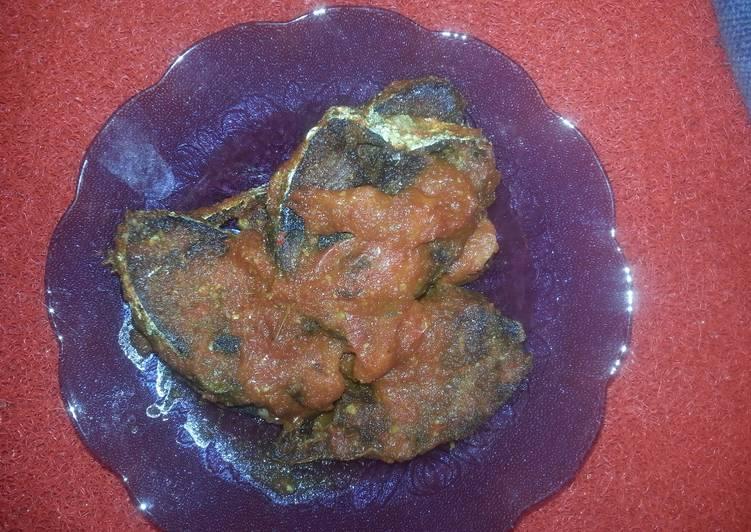 Sambal ikan tuna atau tongkol cepat saji