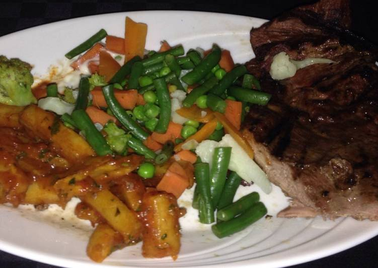 How to Cook Delicious Masala chips,steamed veggies and pan fried steak