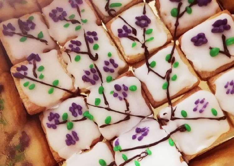 Biscottini ramo in fiore