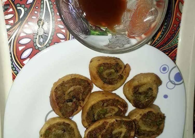 Leftover Rice pinwheel samosa