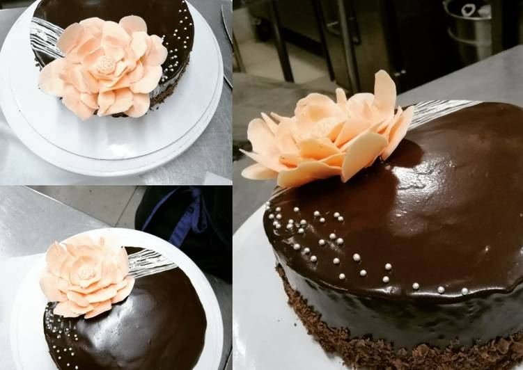 How to Cook Appetizing Chocolate Cake