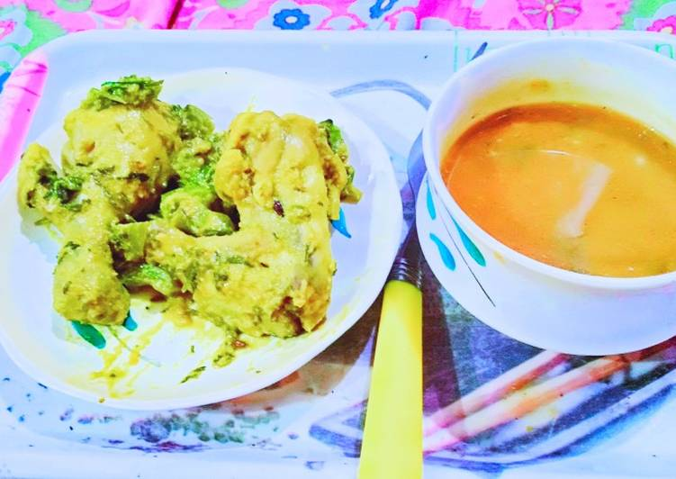 Easy Meal Ideas of Homemade Tomato soup & Grilled chicken with saute green capsicum