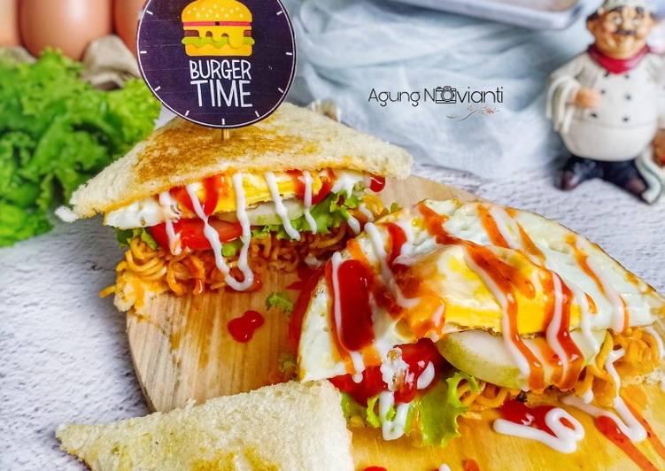 Sandwich Mie Goreng
