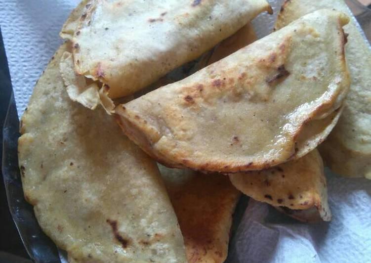 Empanadas rápidas de frijol