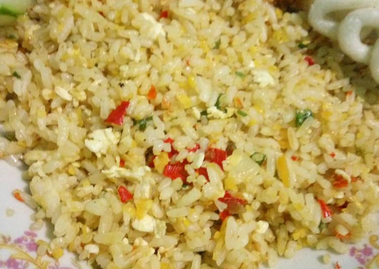 Cara Gampang Menyiapkan Nasi goreng daun bawang , Bikin Ngiler
