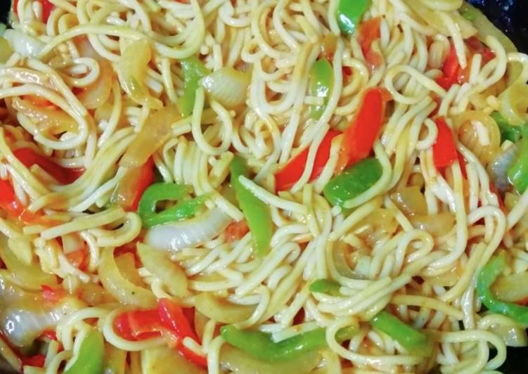 Step-by-Step Guide to Prepare Quick Noodles