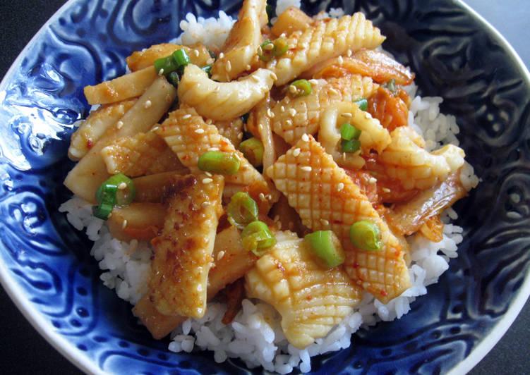 Recipe of Favorite 'Kimu-Taku' Miso Squid Rice Bowl