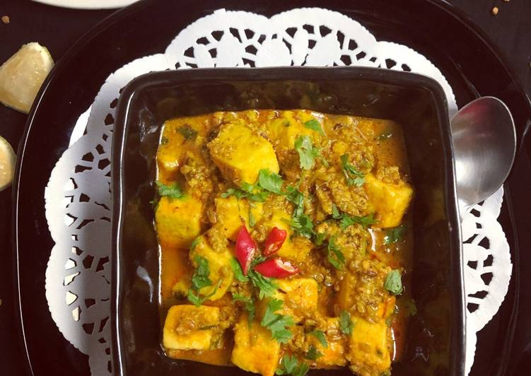 Simple Way to Make Homemade Paneer Fenugreek Seeds Curry