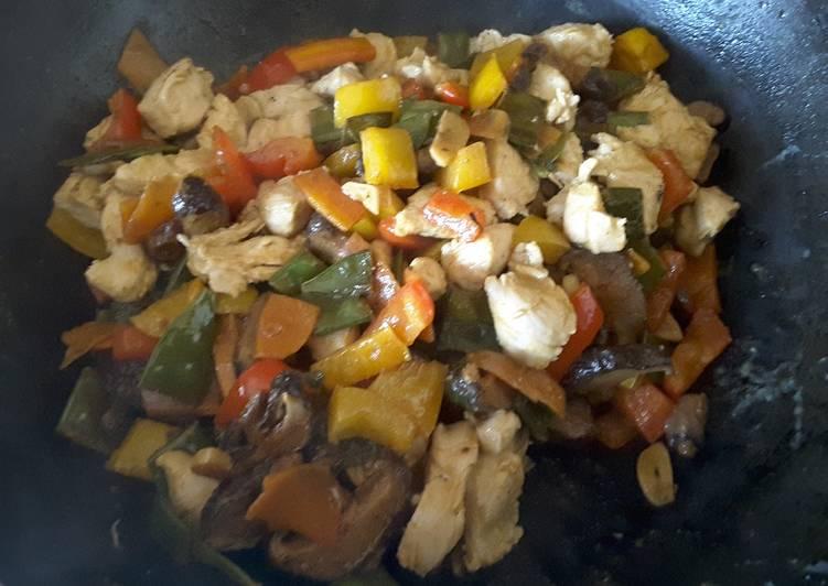 Filets de volaille à la sauce de Tikka Masala aux légumes