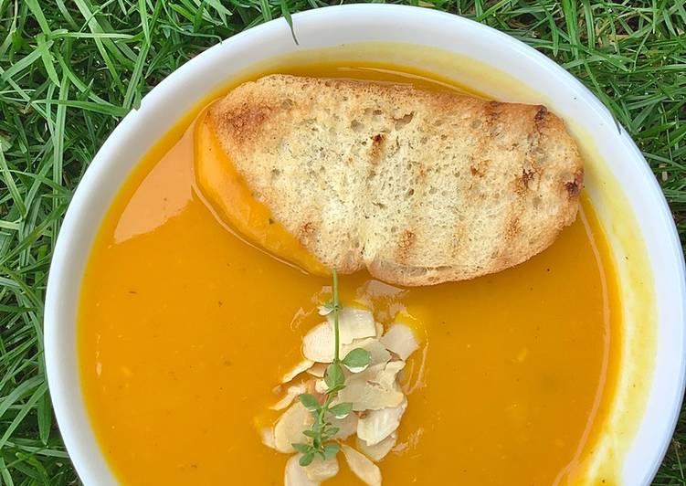 Zupa/krem z dyni 🌱 główne zdjęcie przepisu