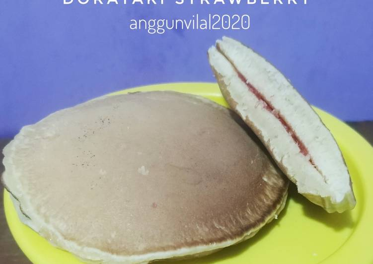 Dorayaki Strawberry