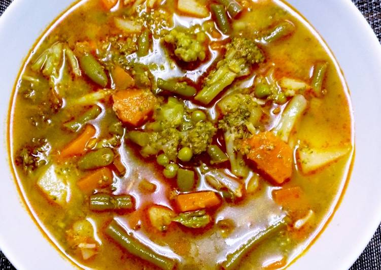 Sopa De Menestra De Verduras Receta De Mari Carmen Cookpad