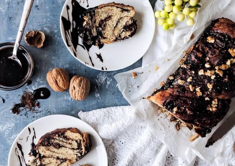 Chocolate Babka bread (vegan)