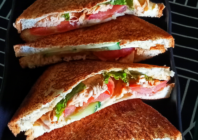 Sandwich bakar ayam leftover