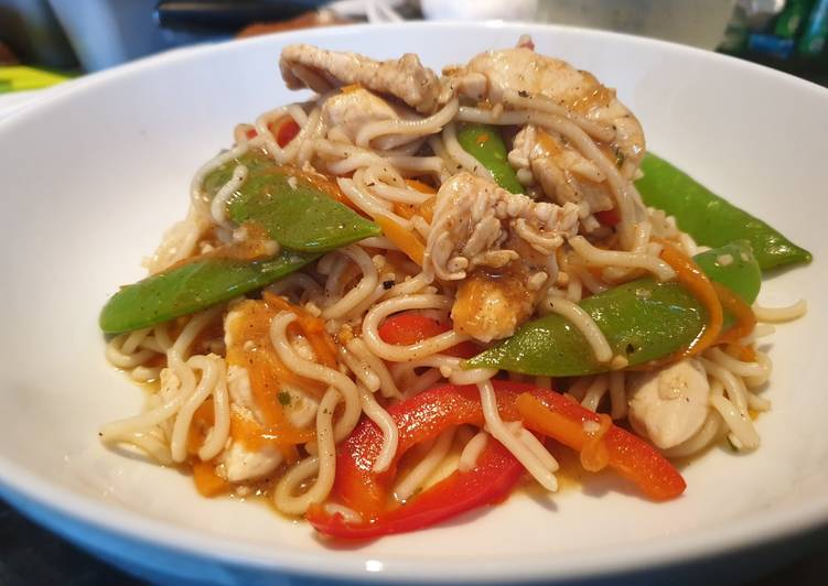 Simple Way to Make Ultimate Chicken Chow mein