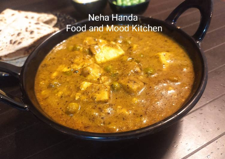 15 Minute Steps to Make Love Matar Paneer