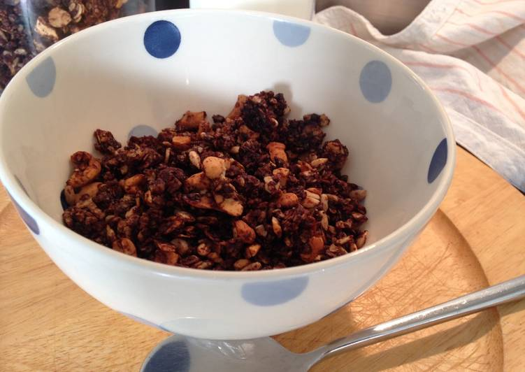 Simple Way to Make Homemade Chocolate Granola
