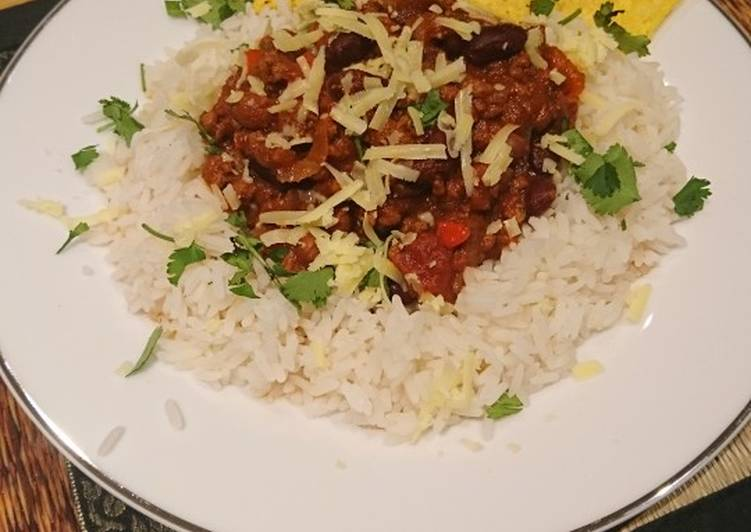 The Best Dinner Ideas Super Quick Homemade Chilli-Quorn-Charlie