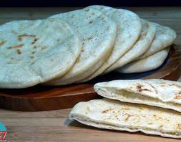 Pan de pita sin horno bazlama. pan hecho en sartén. pan al estilo turco