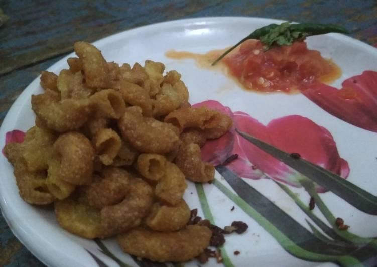 Dry Pasta jar snack