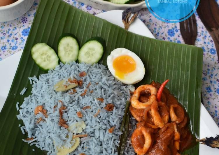 Nasi Lemak Bunga Telang Sambal Sotong - resepipouler.com