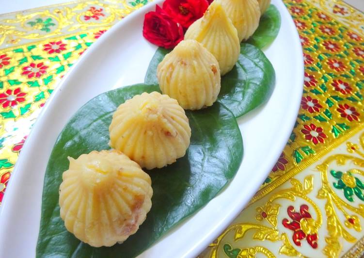 Recipe of Super Quick Homemade Khova Modak