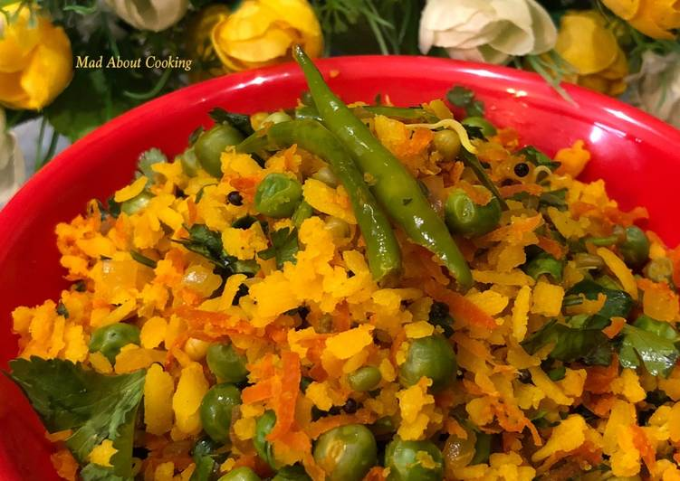 Carrot Peas Poha – Healthy Breakfast
