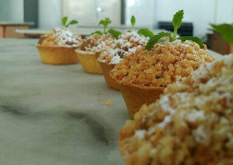 Recipe of Super Quick Homemade Apple crumble tart