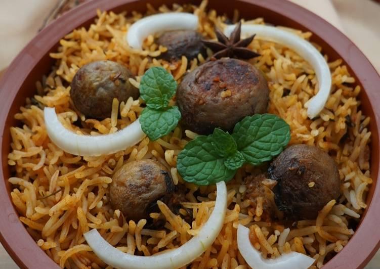 vegetable-mushrooms-biryani