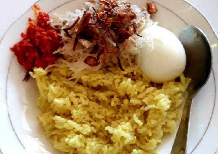 Nasi kuning gorontalo (tips agar nasinya pulen dan terpisah2)