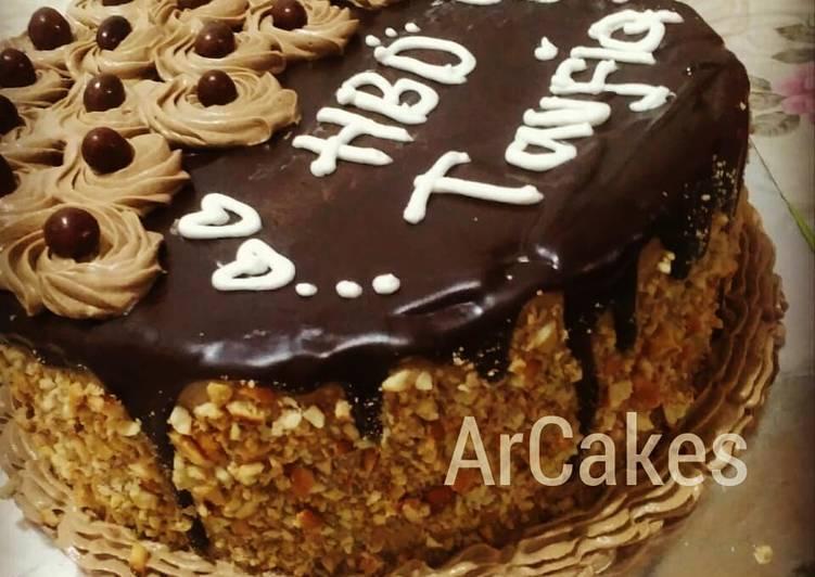 Kue Ultah coklat dan buttercream cappuchino