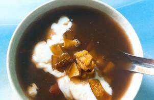 Chè đậu đen cốt dừa
