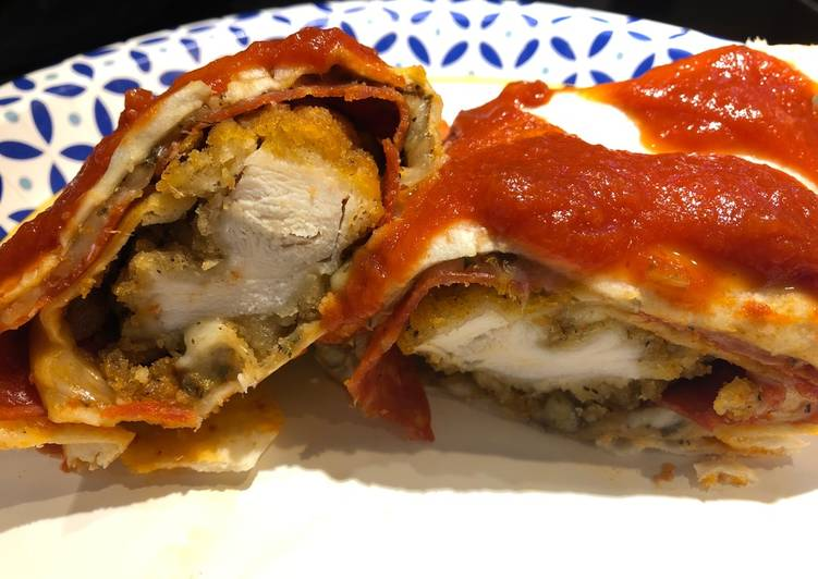 Recipe of Ultimate Baked Pizza 🍕 Chicken Rollups